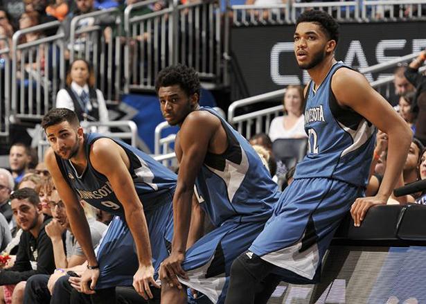 """Los Timberwolves, los Warriors están """"muy felices de mover esas selecciones"""" en el próximo draft"""