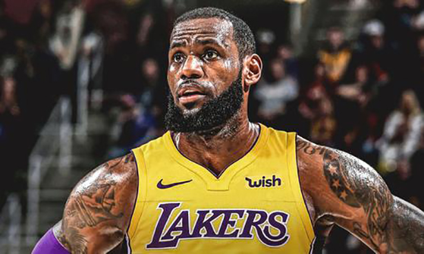 LeBron considera el manejo de la carga y busca el futuro con los Lakers