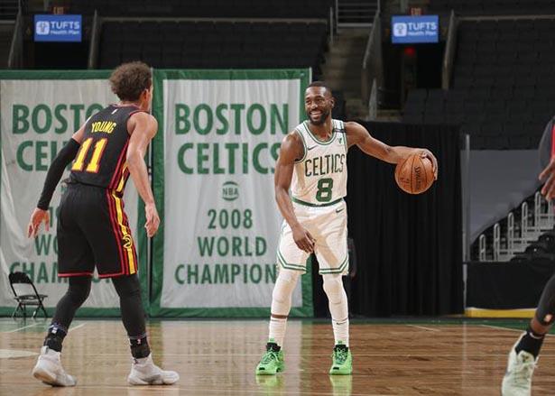 Walker 28 puntos, Tatum 25 puntos, juego de Celtics en casa contra los Hawks