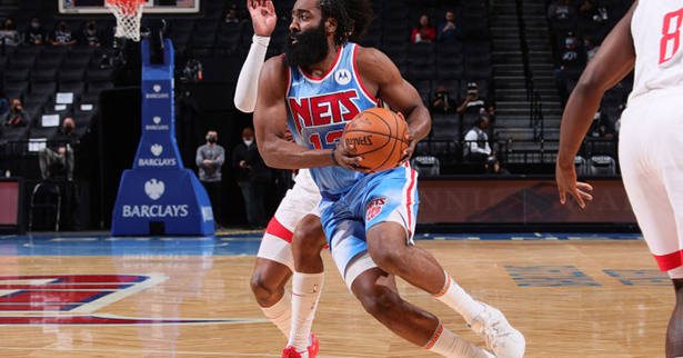 James Harden deja exhausto a los Rockets Nets